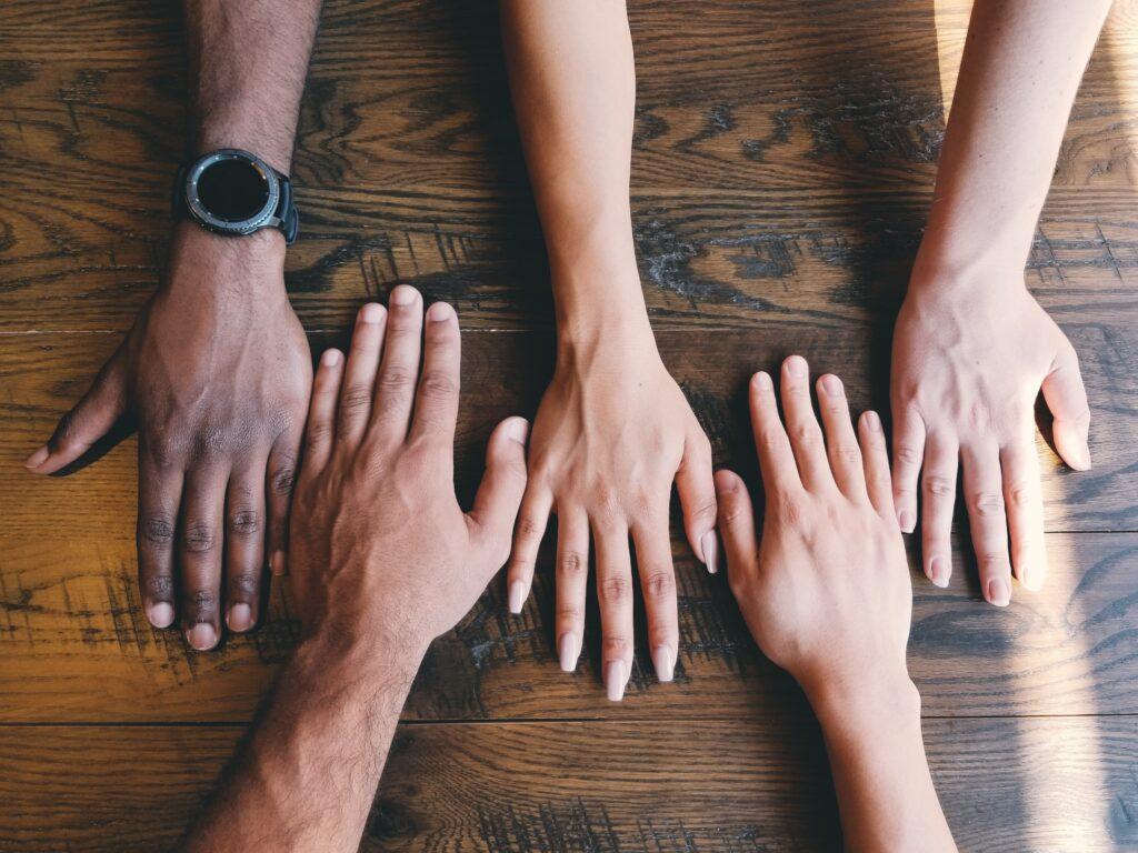 Renewing hand treatment